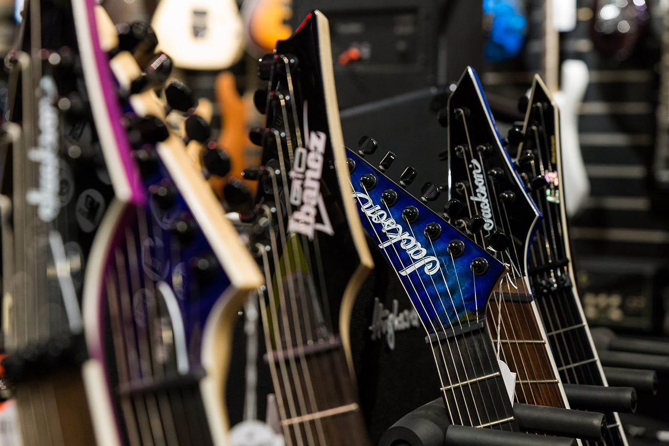 7-string-guitars